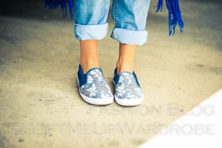 May avs lmuw bandau sweatshirt slip on trainers birkenstoks sandals -0124