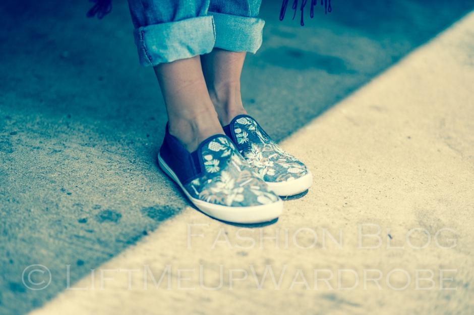 May avs lmuw bandau sweatshirt slip on trainers birkenstoks sandals -0125