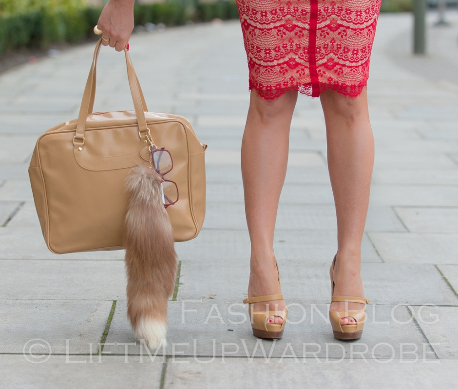 missguided SATSUKO LACE DRESS RED Christian Louboutin BAG charm FUR timberland 14-  bloggers zara studio red sole-0032