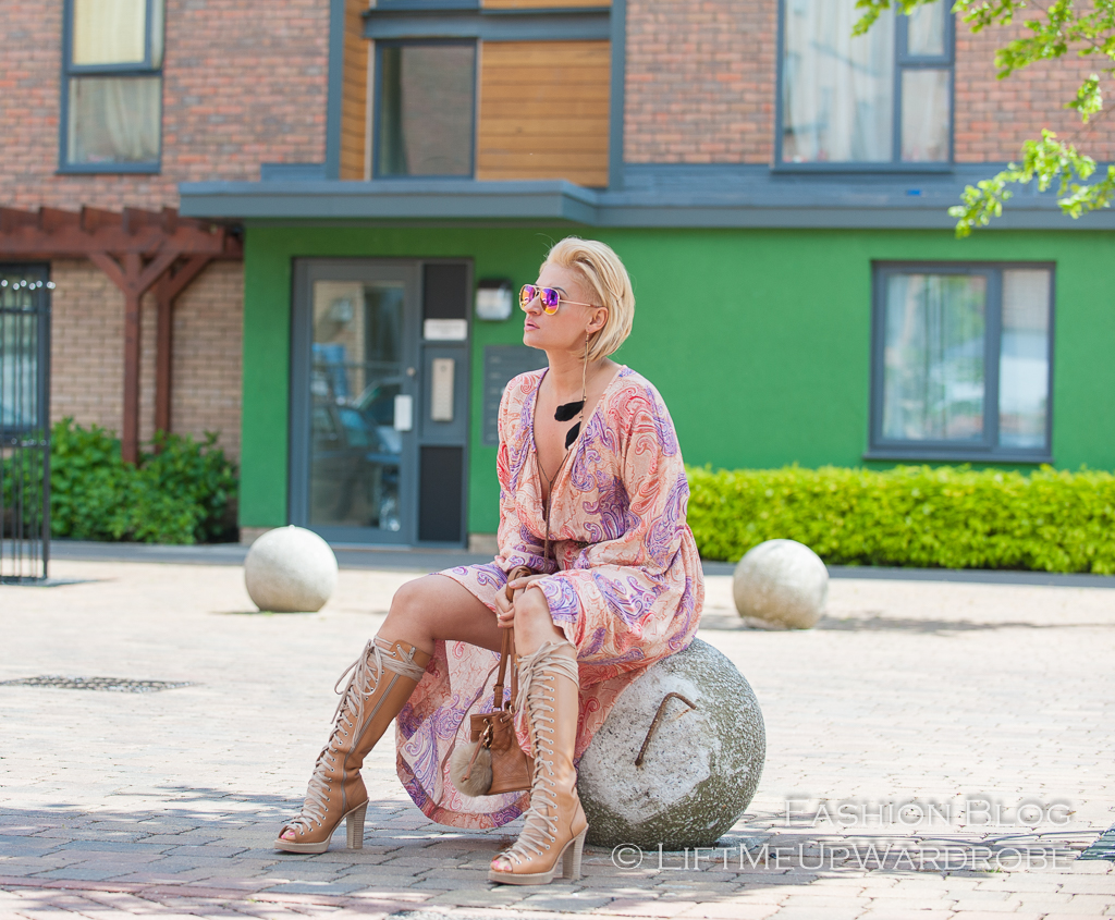 62ffecf802 Paisley beach kaftan dress HM summer collection LMUW AVS ! 201518 ! 201523 ! Avs LMUW floral bohemian maxi dress hair discovery short BOB blond hair cut  ...